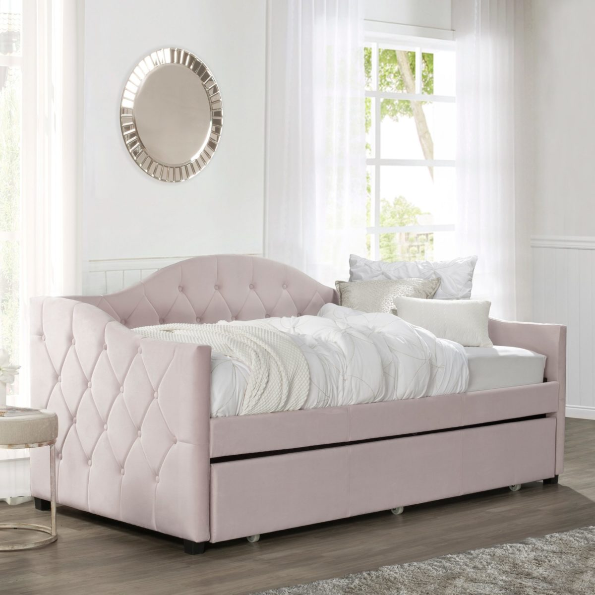 pink day bed