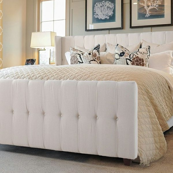 Tufted bed